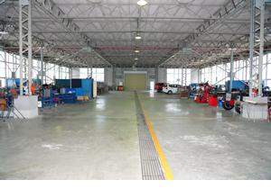 自動車工業科実習場